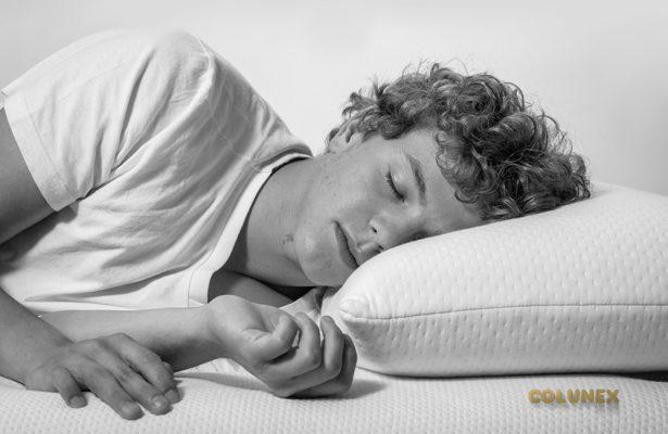 sleep How many hours of sleep do we need? the sleep journey How many hours of sleep do we need 04 615x400 the sleep journey From A to Zzz the sleep journey How many hours of sleep do we need 04 615x400