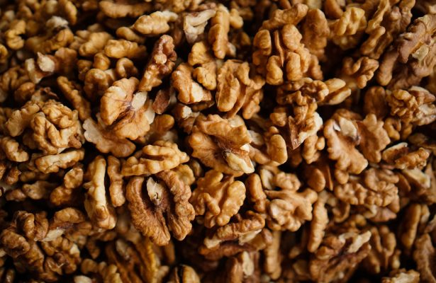 nuts Benefits of nuts in food the sleep journey benefits of nuts 615x400 the sleep journey From A to Zzz the sleep journey benefits of nuts 615x400