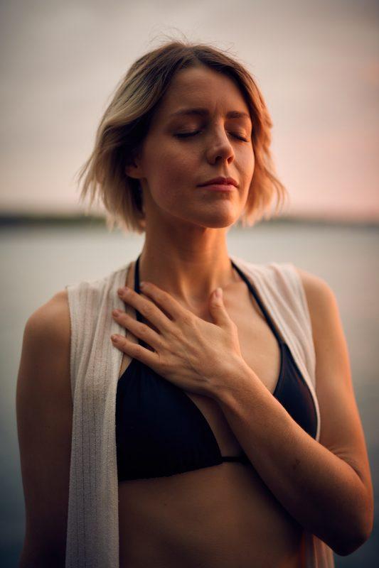 anxiety Anxiety: How to decrease it? The sleep journey how to decrease anxiety 02 533x800